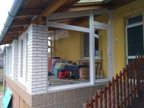 terasz beépítés buj